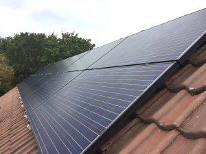 SolarWatt zonnepanelen en SolarEdge omvormer in Staphorst
