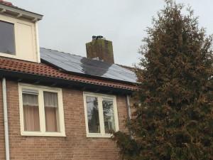 Solarwatt Glas-Glas zonnepanelen in Zwolle icm Solaredge omvormer.