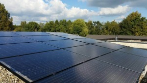 Solaredge omvormer en Solaredge optimizers. Glas Glas zonnepanelen, beste getest consumentenbond zonnepanelen, Steenwijk, Dedemsvaart, Meppel, en Zwolle