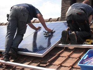 Zuignap gebruik bij zonnepanelen